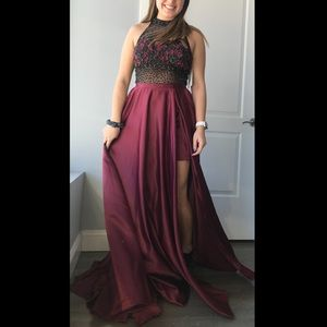 Floral top A ball Prom dress! Burgundy/black